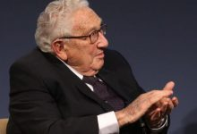 Photo of Kissinger'den, ABD-Çin anlaşmazlıklarının dünyayı küresel bir savaşa sürükleyebileceği uyarısı