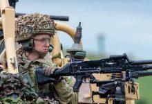 Photo of Birleşik Krallık silahlanıyor: Johnson'dan Soğuk Savaş itirafı